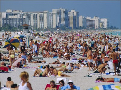crowded-beach-miami-beach-florida